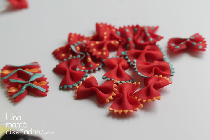 DIY_collar_farfalle_5