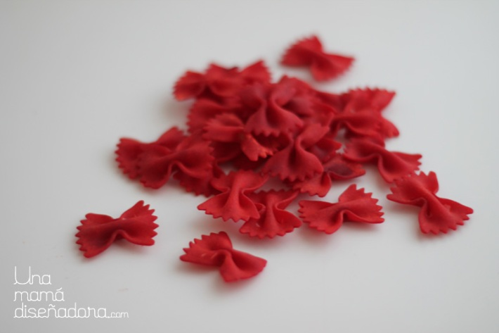 DIY_collar_farfalle_9